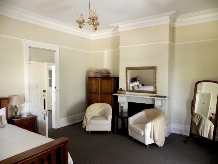 An example of the interior of the beautiful, boutique-style accommodation available at at Moore Park Inn, Armidale